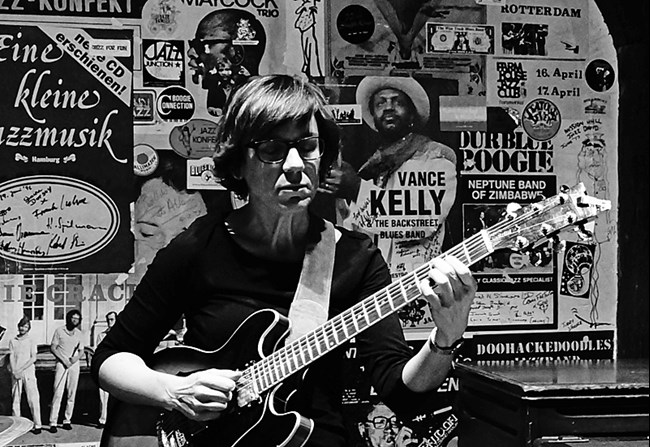Sandra Hempel: an interview with the guitar player | Jazz'halo